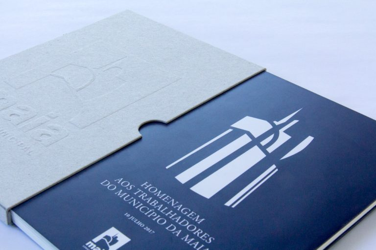 [:pt]Livro de Homenagem aos trabalhadores da Maia[:en]Tribute to the Workers (book)[:]
